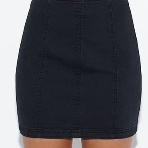 Kendall & Kylie paneled black mini skirt